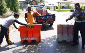 Penutupan Badan Jalan Pada Puskesmas Tualang KM.6